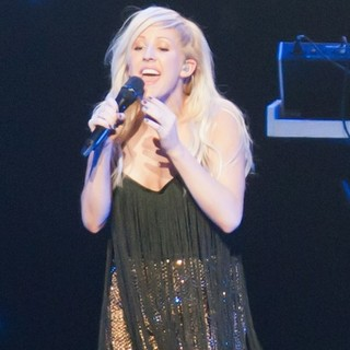 Ellie Goulding in KIIS FM's Jingle Ball 2012 - Show - ellie-goulding-jingle-ball-2012-show-04