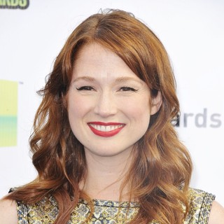 Ellie Kemper in The DoSomething.org and VH1's 2012 Do Something Awards