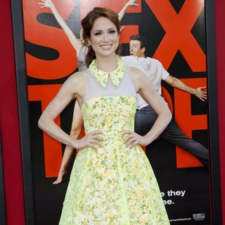Ellie Kemper in Film Premiere Sex Tape - ellie-kemper-premiere-sex-tape-04