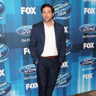 Elliott Yamin - American Idol Finale for The Farewell Season - Red Carpet Arrivals