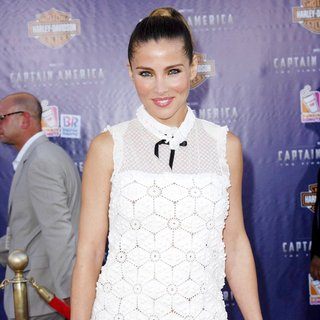 Elsa Pataky in Los Angeles Premiere of Captain America The First Avenger - Arrivals
