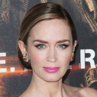Emily Blunt in New York Premiere of Edge of Tomorrow - Arrivals