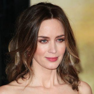 Emily Blunt in World Premiere of Edge of Tomorrow - Arrivals