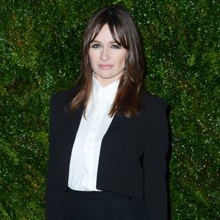 Emily Mortimer in 2015 Tribeca Film Festival - Chanel Artists Dinner - Arrivals - emily-mortimer-2015-tribeca-film-festival-chanel-artists-dinner-01