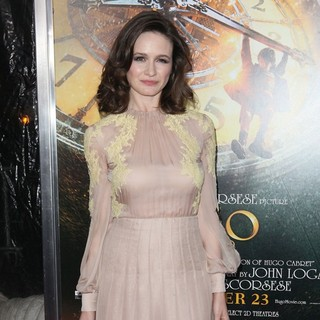 Emily Mortimer in Hugo Premiere