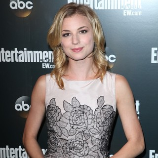 Emily VanCamp in Entertainment Weekly and ABC TV Celebrate The New York Upfronts with A VIP Cocktail Party - Arrivals