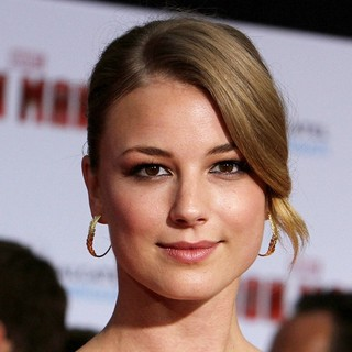 Emily VanCamp in Iron Man 3 Los Angeles Premiere - Arrivals