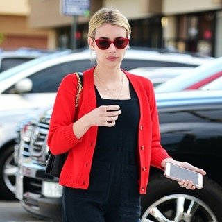 Emma Roberts Goes Shopping