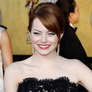 Emma Stone in The 18th Annual Screen Actors Guild Awards - Arrivals