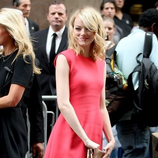 Emma Stone in Mercedes-Benz New York Fashion Week Spring/Summer 2013 - Calvin Klein