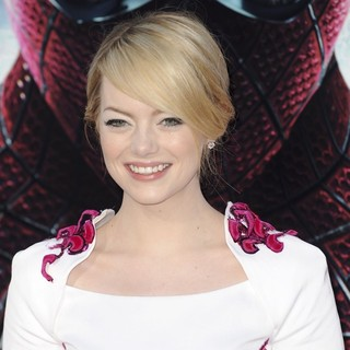Emma Stone in Los Angeles Premiere of The Amazing Spider-Man - Arrivals