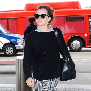 Emma Watson Arrives at Los Angeles International Airport
