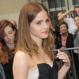 Emma Watson - Paris Fashion Week Haute Couture Fall-Winter 2014-2015 - Dior - Outside Arrivals