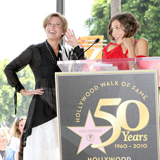 Emma Thompson, Maggie Gyllenhaal in Emma Thompson Is Honoured with The 2,416th Star on The Hollywood Walk of Fame