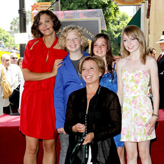 Maggie Gyllenhaal, Emma Thompson in Emma Thompson Is Honoured with The 2,416th Star on The Hollywood Walk of Fame