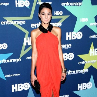 Emmanuelle Chriqui in Final Season Premiere of HBO's Entourage