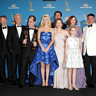 Robert Morse, John Slattery, Matthew Weiner, January Jones, Elisabeth Moss, Jon Hamm, Kiernan Shipka, Christina Hendricks in The 62nd Annual Primetime Emmy Awards - Press Room