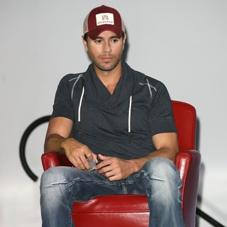 Enrique Iglesias in Wisin and Yandel, Jennifer Lopez and Enrique Iglesisas Announce Their Summer Tour