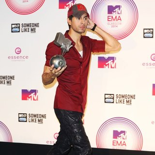 Enrique Iglesias - MTV Europe Music Awards 2014 - Press Room