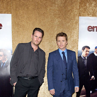 Kevin Dillon, Kevin Connolly in Los Angeles Premiere of The HBO Original Series 'Entourage' - Arrivals
