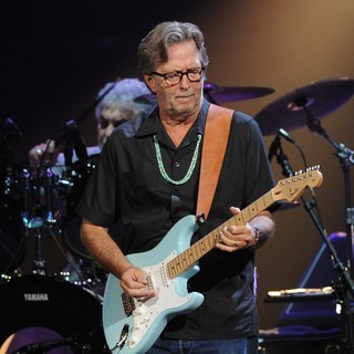 Eric Clapton in Eric Clapton Performs