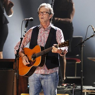 Eric Clapton Performs on His 68th Birthday at Hard Rock Live! - eric-clapton-performs-on-68th-birthday-01