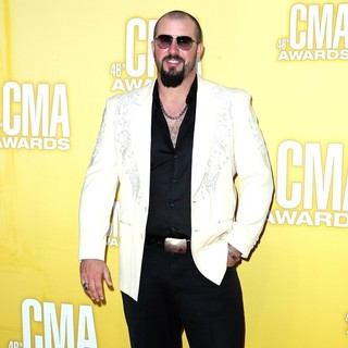 Eric Lee Beddingfield in 46th Annual CMA Awards