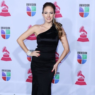 Erika Bruni in 13th Annual Latin Grammy Awards - Arrivals