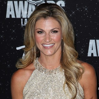 Erin Andrews in 2012 NHL Awards - Arrivals - erin-andrews-2012-nhl-awards-01