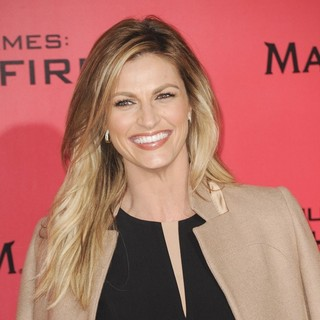Erin Andrews in The Hunger Games: Catching Fire Premiere - erin-andrews-premiere-the-hunger-games-catching-fire-03