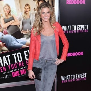 Erin Andrews in What to Expect When You're Expecting New York Premiere - erin-andrews-what-to-expect-when-you-re-expecting-02