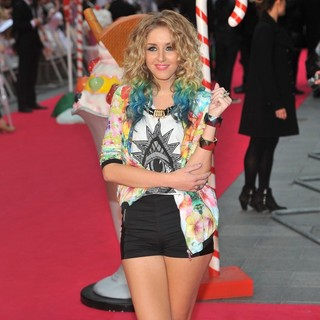 Esmee Denters in UK Premiere of Katy Perry: Part of Me - Arrivals