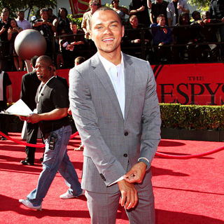 Jesse Williams in 2010 ESPY Awards - Arrivals