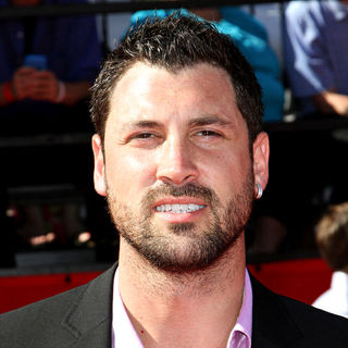 Maksim Chmerkovskiy in 2010 ESPY Awards - Arrivals