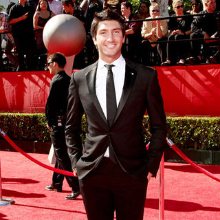 Evan Lysacek in 2010 ESPY Awards - Arrivals