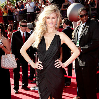 Marisa Miller in 2010 ESPY Awards - Arrivals