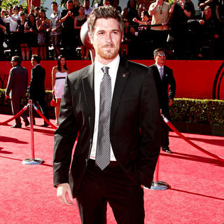 Dave Annable in 2010 ESPY Awards - Arrivals