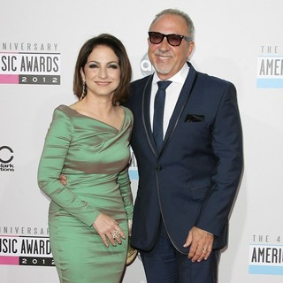 Gloria Estefan, Emilio Estefan in The 40th Anniversary American Music Awards - Arrivals