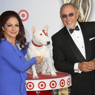 Gloria Estefan, Emilio Estefan in 2011 NCLR ALMA Awards - Arrivals