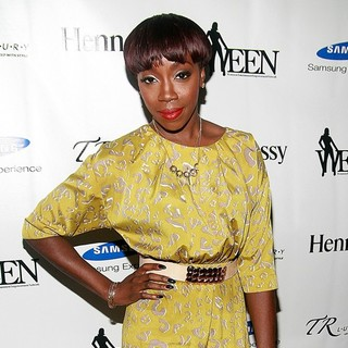 Estelle in The 3rd Annual WEEN Awards at Samsung Experience - Arrivals