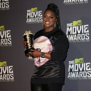 Ester Dean in 2013 MTV Movie Awards - Press Room