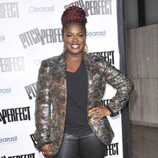Ester Dean in Los Angeles Premiere of Pitch Perfect