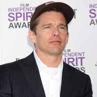 Ethan Hawke in 27th Annual Independent Spirit Awards - Arrivals