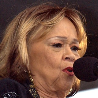 Etta James in Etta James Performs at The New Orleans Jazz and Heritage Festival