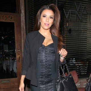 Eva Longoria Leaving Italian Restaurant Via Veneto