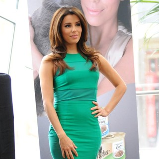 Eva Longoria Unveils The New Sheba: Feed Your Passion Campaign - eva-longoria-sheba-feed-your-passion-campaign-04