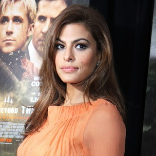 Eva Mendes in New York Premiere of The Place Beyond the Pines - eva-mendes-premiere-the-place-beyond-the-pines-01
