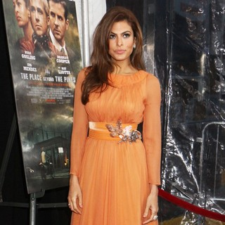 Eva Mendes in New York Premiere of The Place Beyond the Pines - eva-mendes-premiere-the-place-beyond-the-pines-03