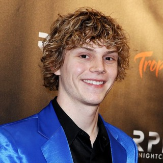 Evan Peters Celebrates His Birthday