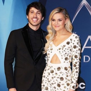 Morgan Evans, Kelsea Ballerini in 51st Annual CMA Awards - Arrivals